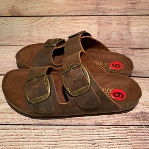 White Mountain Shoes - NWT White Mountain Footbeds Brown Leather Sandals